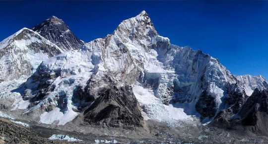 everest base camp from kalapatthar